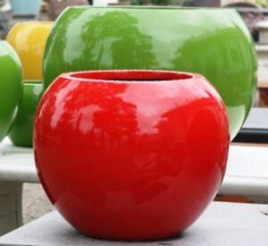 fibreglass_red_ball_planter